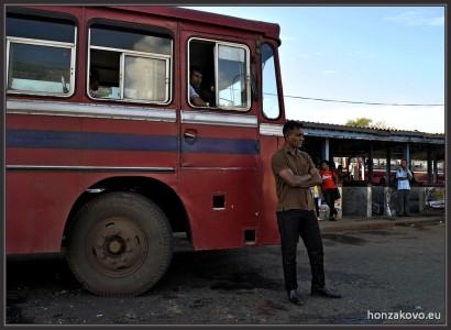 Řidič a jeho autobus